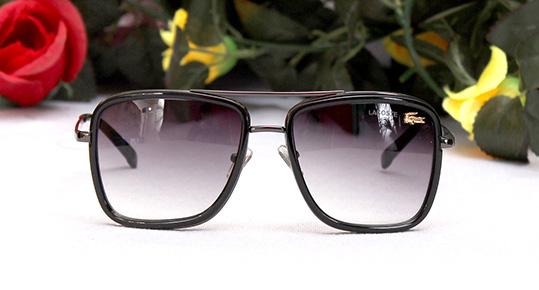 عینک آفتابی طرح لاگوست فلت