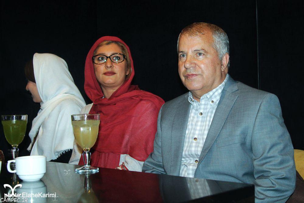 علی پروین و دخترش در اکران فیلم زاپاس