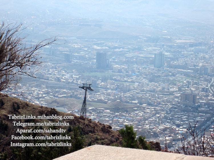 منظره شهر از بالای کوه