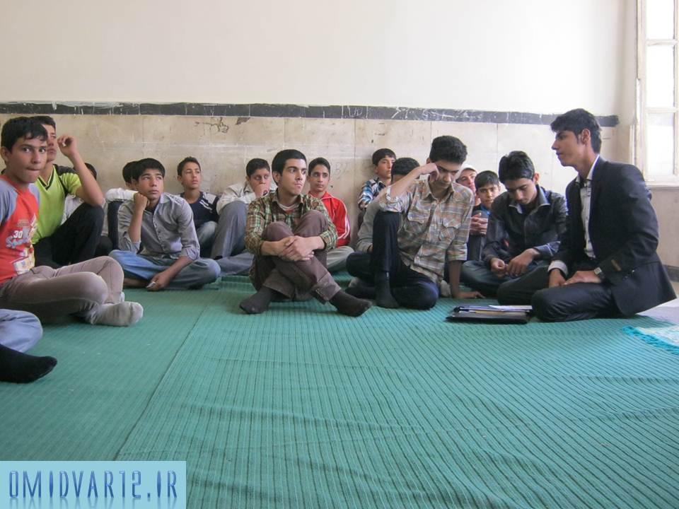 تشکیل جلسات متعدد با اعضای انجمن اسلامی
