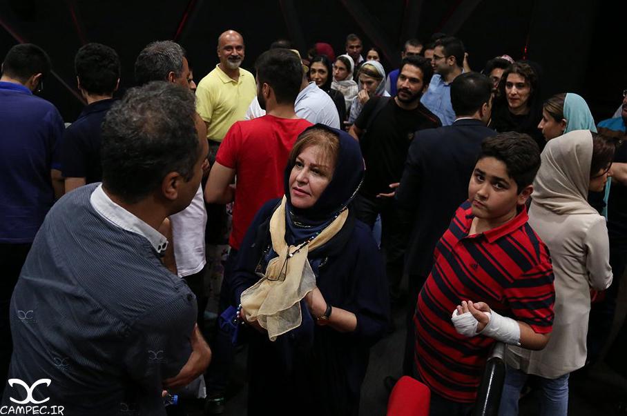 اکرم محمدی در اکران فیلم دراکولا