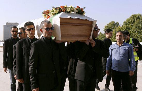 مراسم تشییع جنازه عباس کیارستمی | 20 تیر 95 | عکس و فیلم