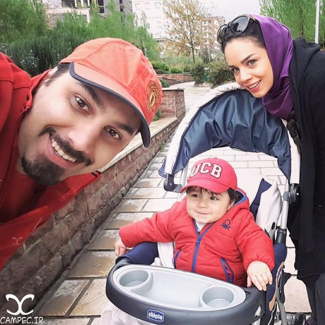 احسان خواجه امیری با همسر و پسرش