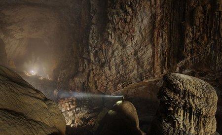 غار رود کوهستانی