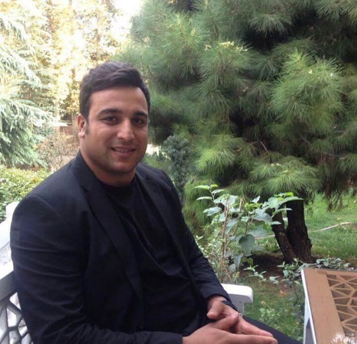 علت برگشت نکردن احسان حدادی به ایران+شایعه پناهندگی