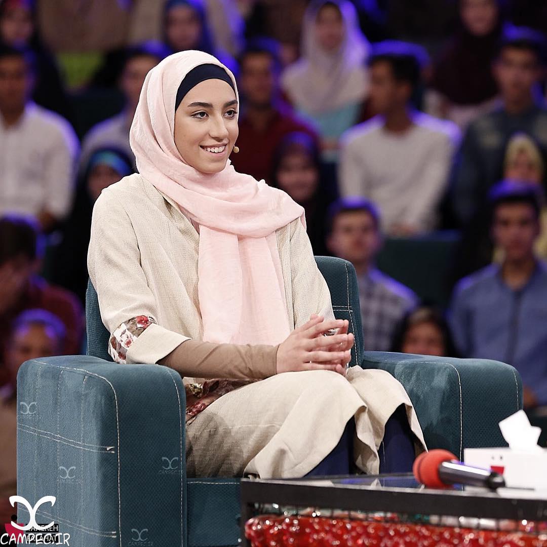 کیمیا علیزاده در برنامه خندوانه