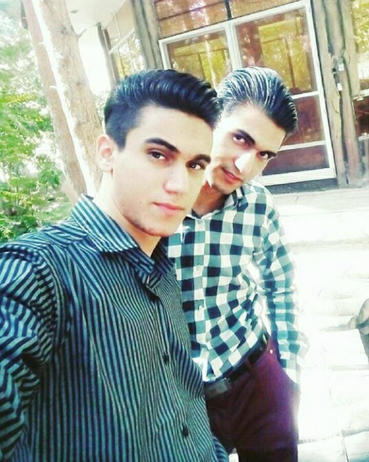 راتین رها و نریمان جعفری در پارک پردیسان کرمان