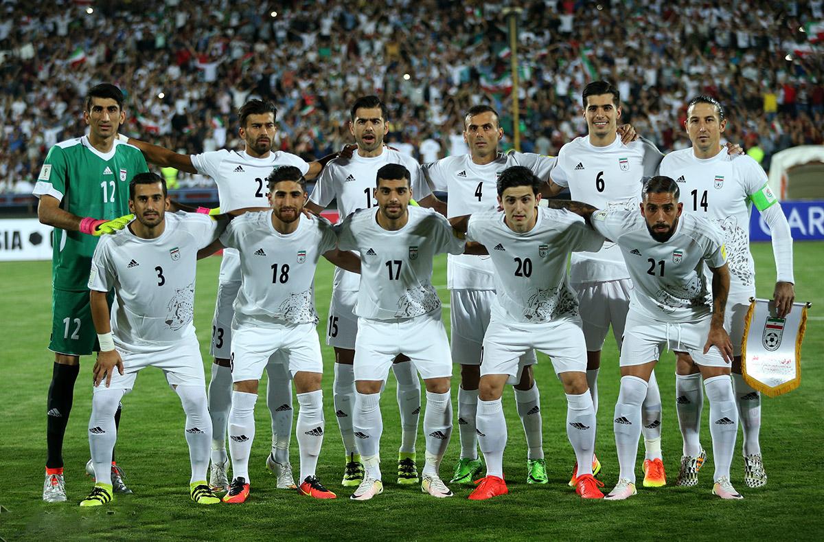 دیدار فوتبال ایران و قطر در مقدماتی جام جهانی 2018