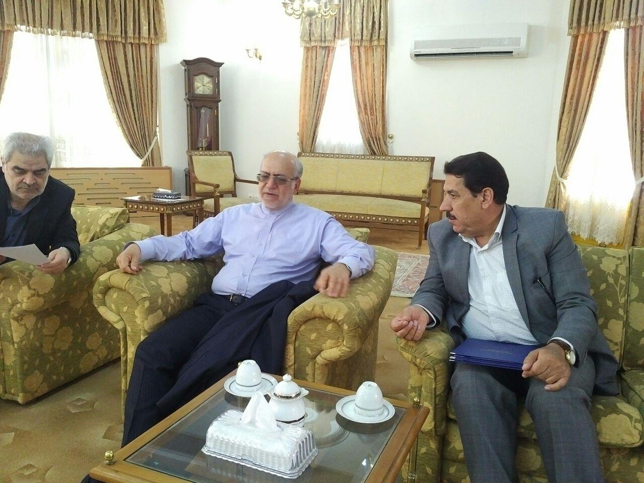 دکتر محرابی خواستار تسریع شرکت ایران خودرو در پروژه خودروسازی استان شد