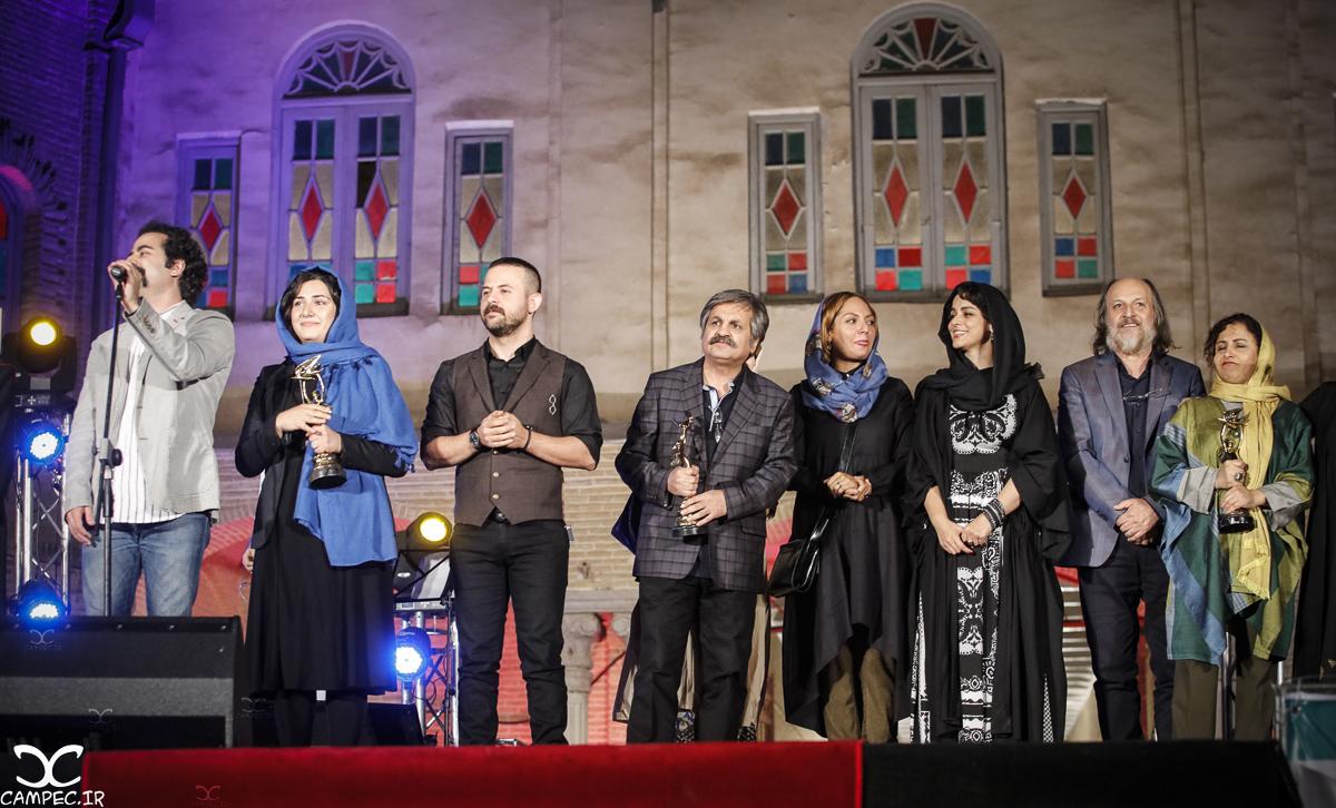 بازیگران در هجدهمين جشن خانه سینما