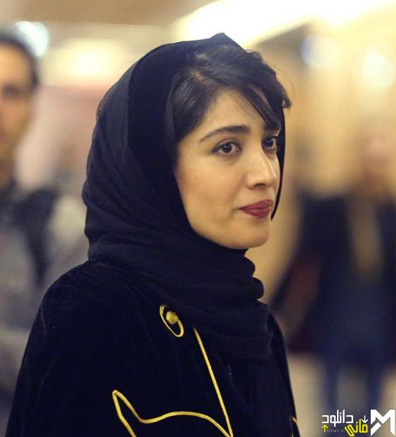 مینا ساداتی در افتتاحیه جشنواره 35 فیلم فجر