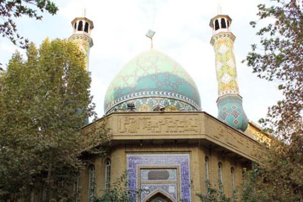 تلاوت های استاد حامد شاکرنژاد در حسینیه ی هدایت