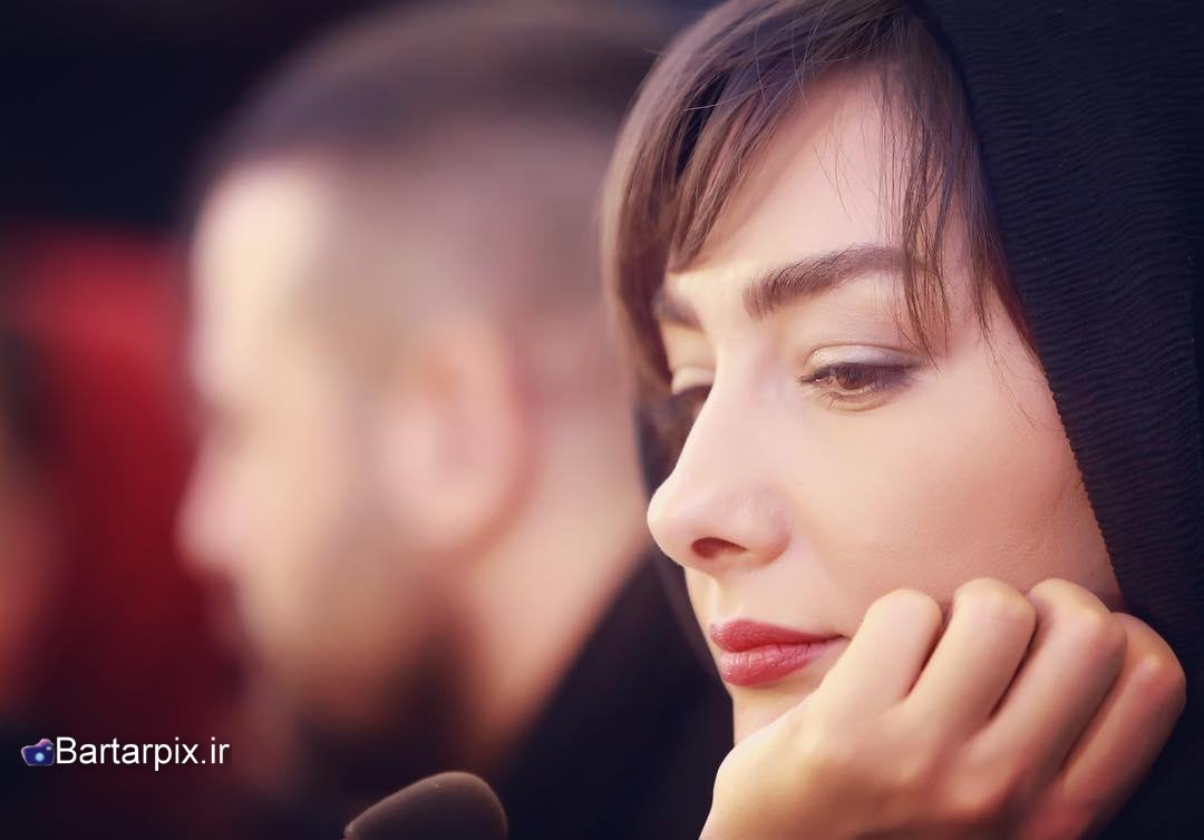 http://s7.picofile.com/file/8285069542/www_bartarpix_ir_hanieh_tavasoli_fajr_festival_95_4_.jpg