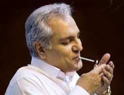 سیگار کشیدن مهران مدیری مجری برنامه دورهمی