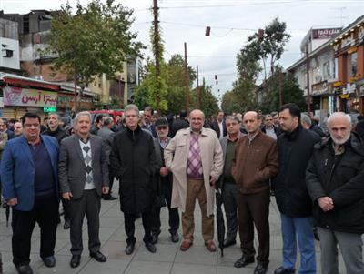 حضورمدیریت و کارکنان شرکت توزیع برق استان گیلان در اجتماع عظیم مردمی حمایت از امنیت و اقتدار کشور