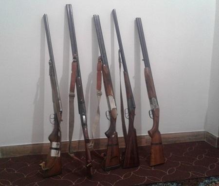 كشف بيش از 21 قبضه اسلحه شكاري در آستارا