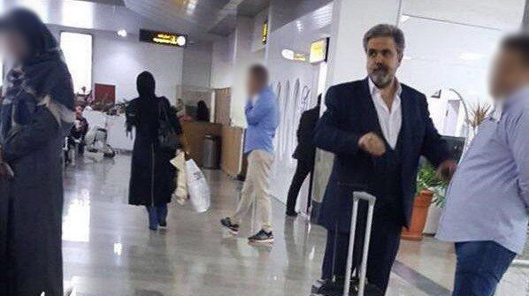تصویری از متهم ردیف اول پرونده فساد پدیده شاندیز در فرودگاه کیش