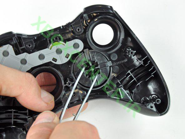 آموزش باز کردن و جداسازی XBOX 360 Controller 21