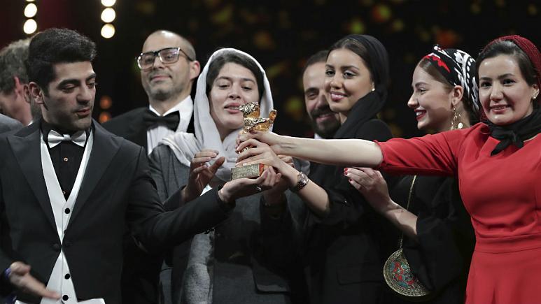 خرس طلایی برلینانه به فیلم محمد رسولاف تعلق گرفت